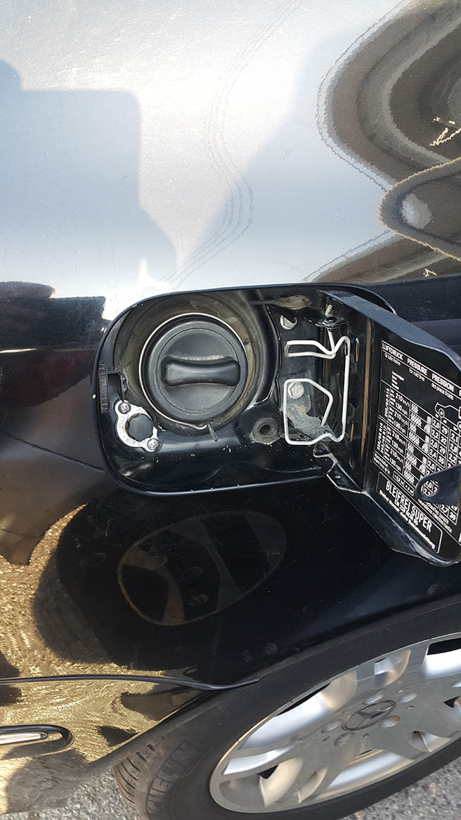 Image No7 for Mercedes E 200